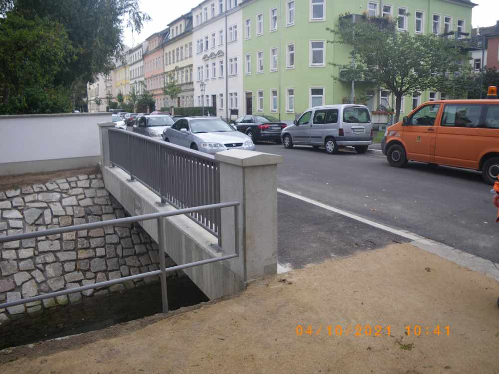 Die Draesekestraße nach dem Brücken-Neubau über dem Landgraben. Foto: Straßen- und Tiefbauamt